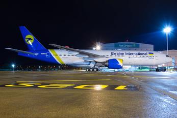 VP-BHB - Ukraine International Airlines Boeing 777-200ER