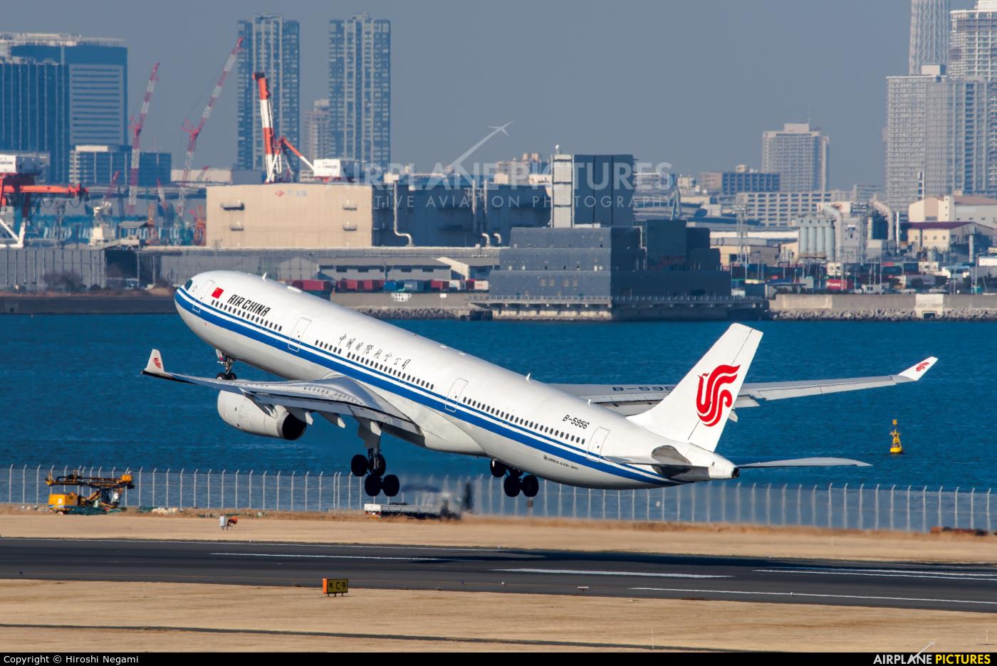 Air China B-5956 aircraft at Tokyo - Haneda Intl