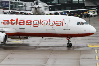 TC-ETM - Atlasglobal Airbus A321