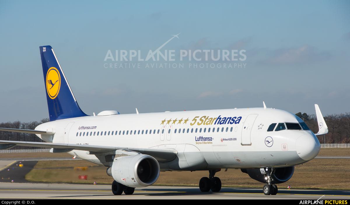Lufthansa D-AIZK aircraft at Frankfurt