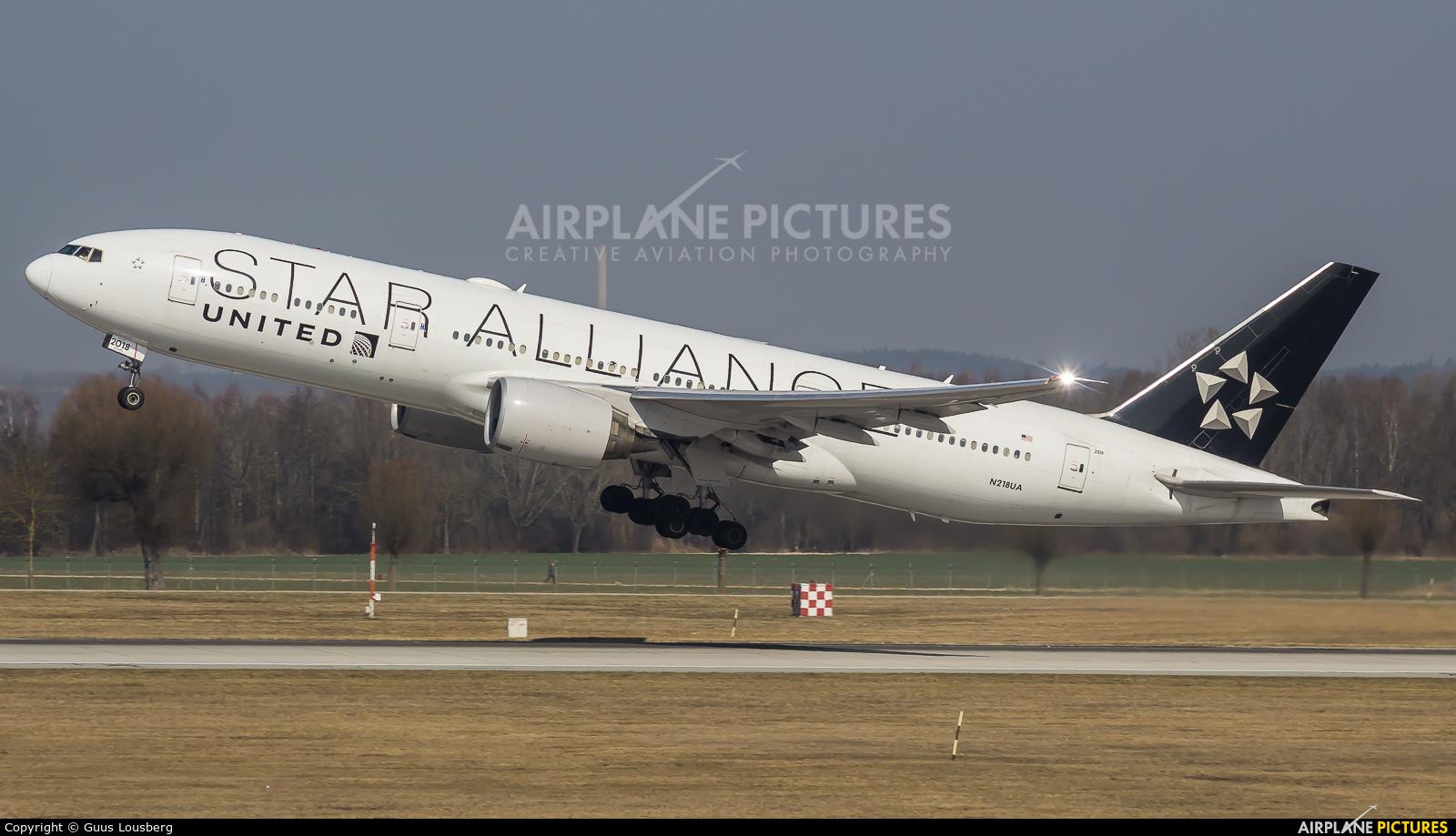 United Airlines N218UA aircraft at Munich