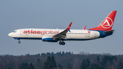 TC-SNT - Atlasglobal Boeing 737-800