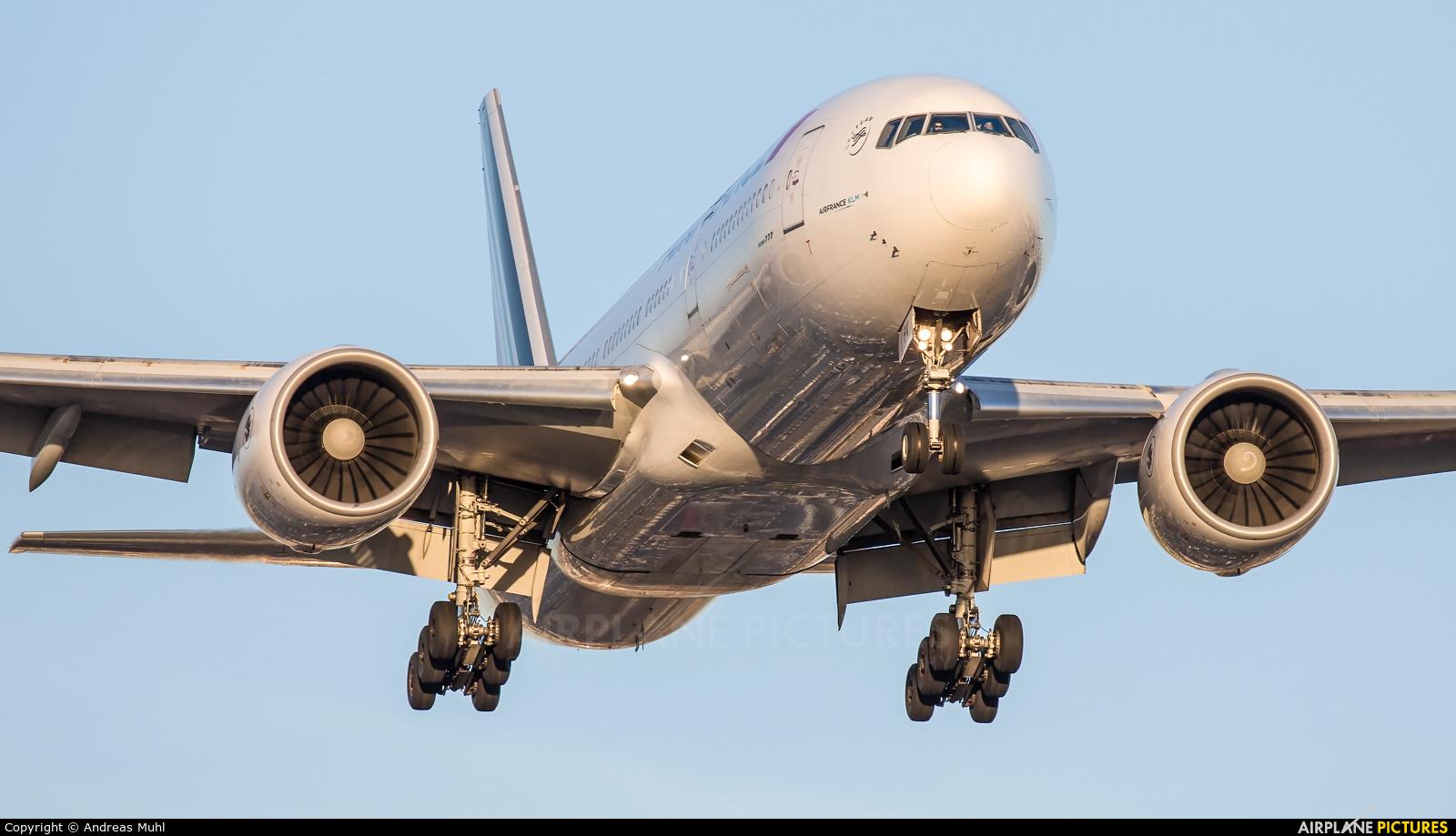 Air France F-GSPV aircraft at Los Angeles Intl