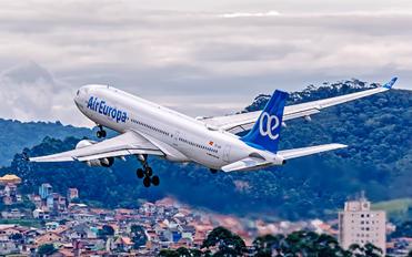 EC-LQO - Air Europa Airbus A330-200
