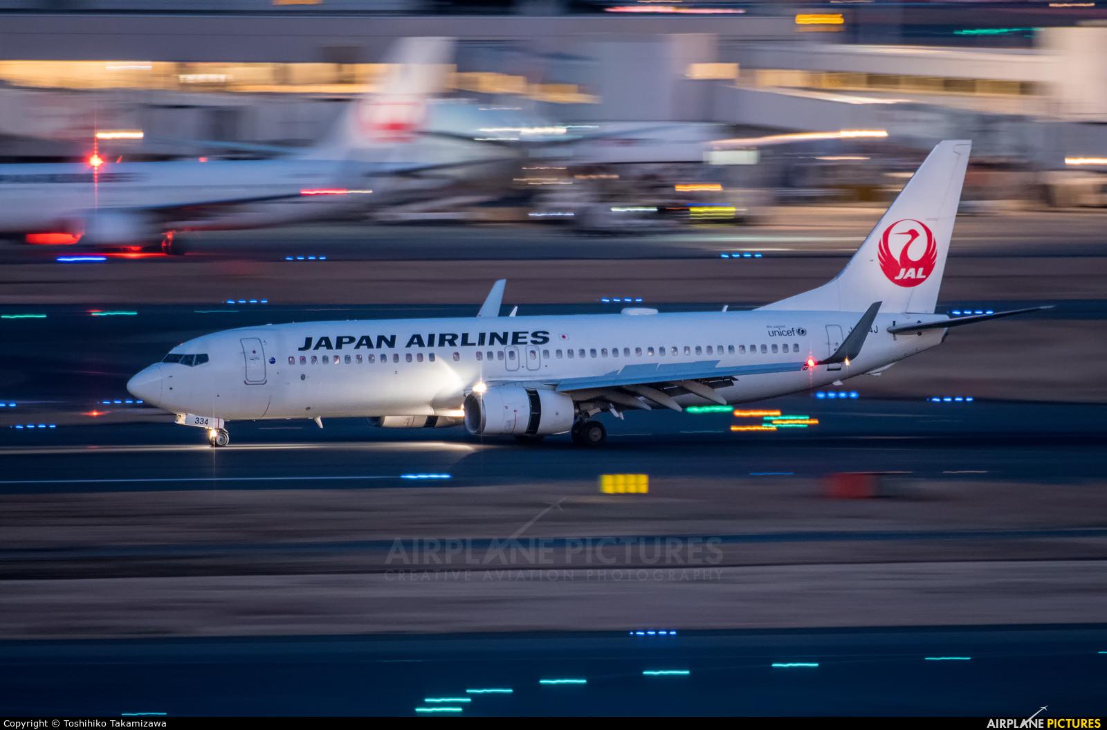 JAL - Japan Airlines JA334J aircraft at Tokyo - Haneda Intl