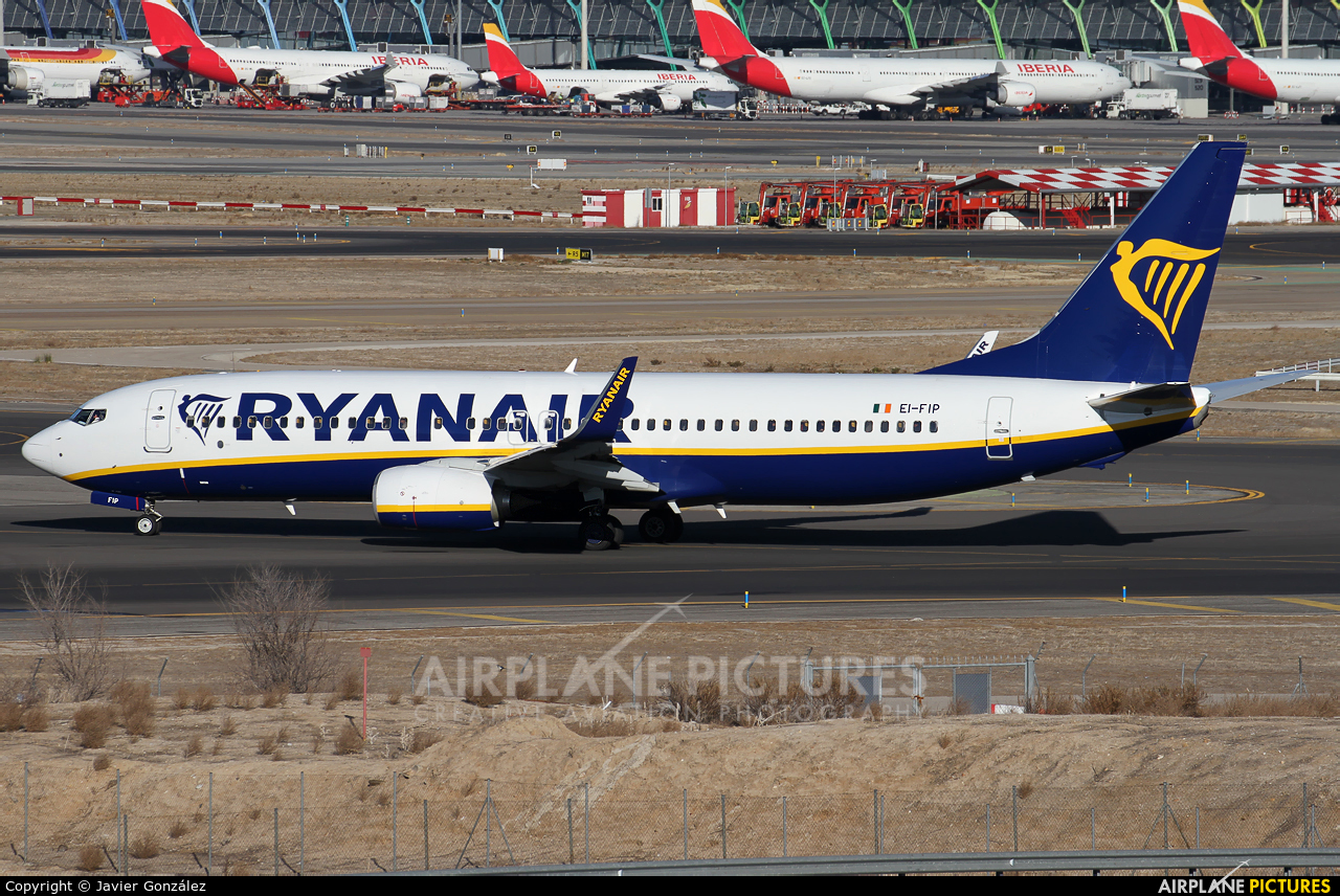 Ryanair EI-FIP aircraft at Madrid - Barajas