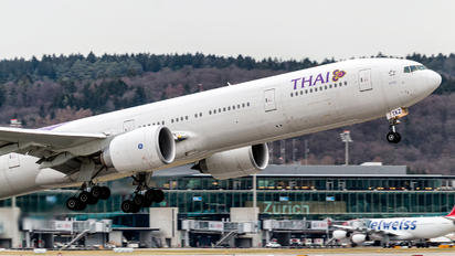 HS-TKZ - Thai Airways Boeing 777-300ER