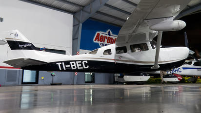 TI-BEC - Private Cessna 206 Stationair (all models)
