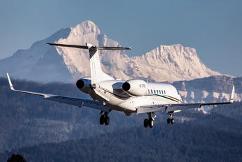 M-CPRS - Private Embraer EMB-135BJ Legacy 600