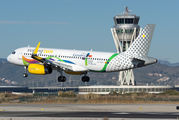 EC-MOG - Vueling Airlines Airbus A320 aircraft