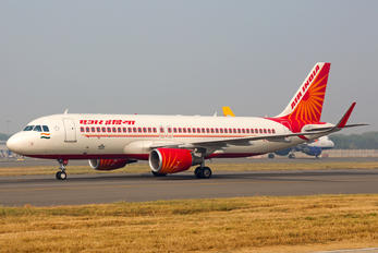 VT-EXD - Air India Airbus A320