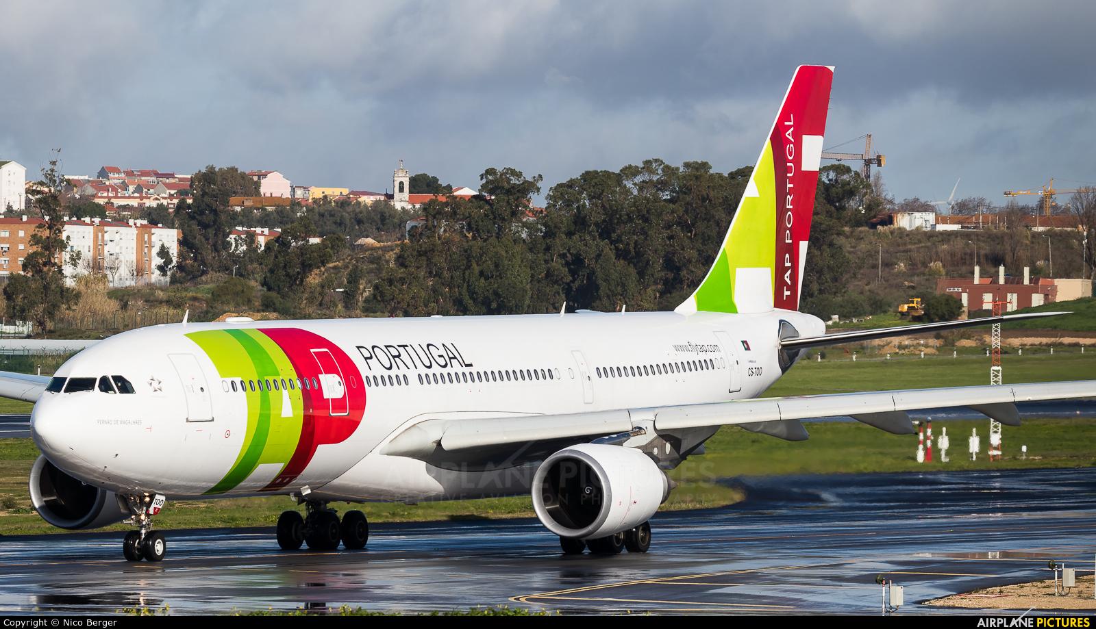 TAP Portugal CS-TOO aircraft at Lisbon