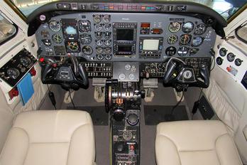 PT-LPJ - Private Beechcraft 90 King Air