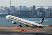 9V-SWN - Singapore Airlines Boeing 777-300ER aircraft