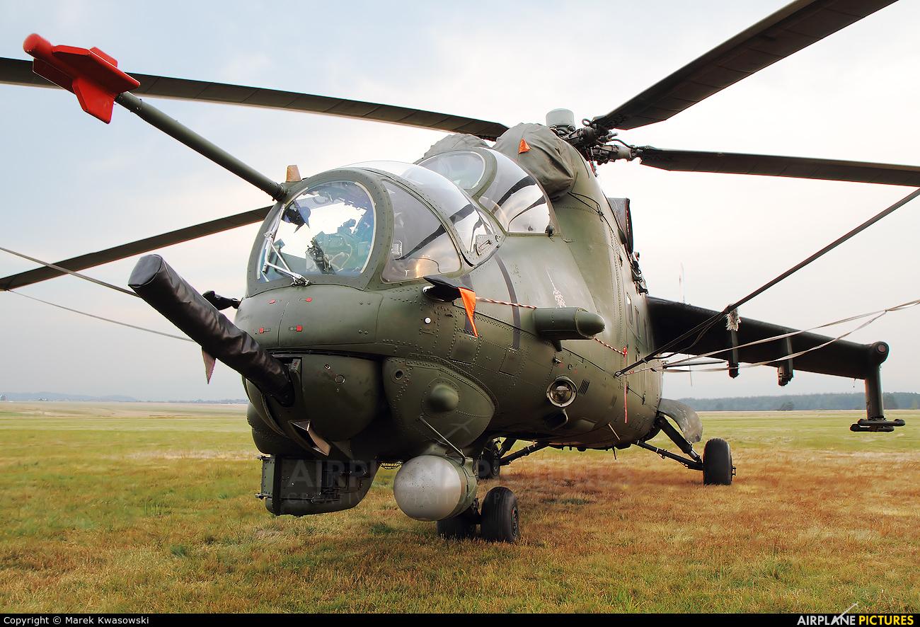 Poland - Army 732 aircraft at Nowy Targ