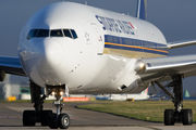 9V-SWF - Singapore Airlines Boeing 777-300ER aircraft
