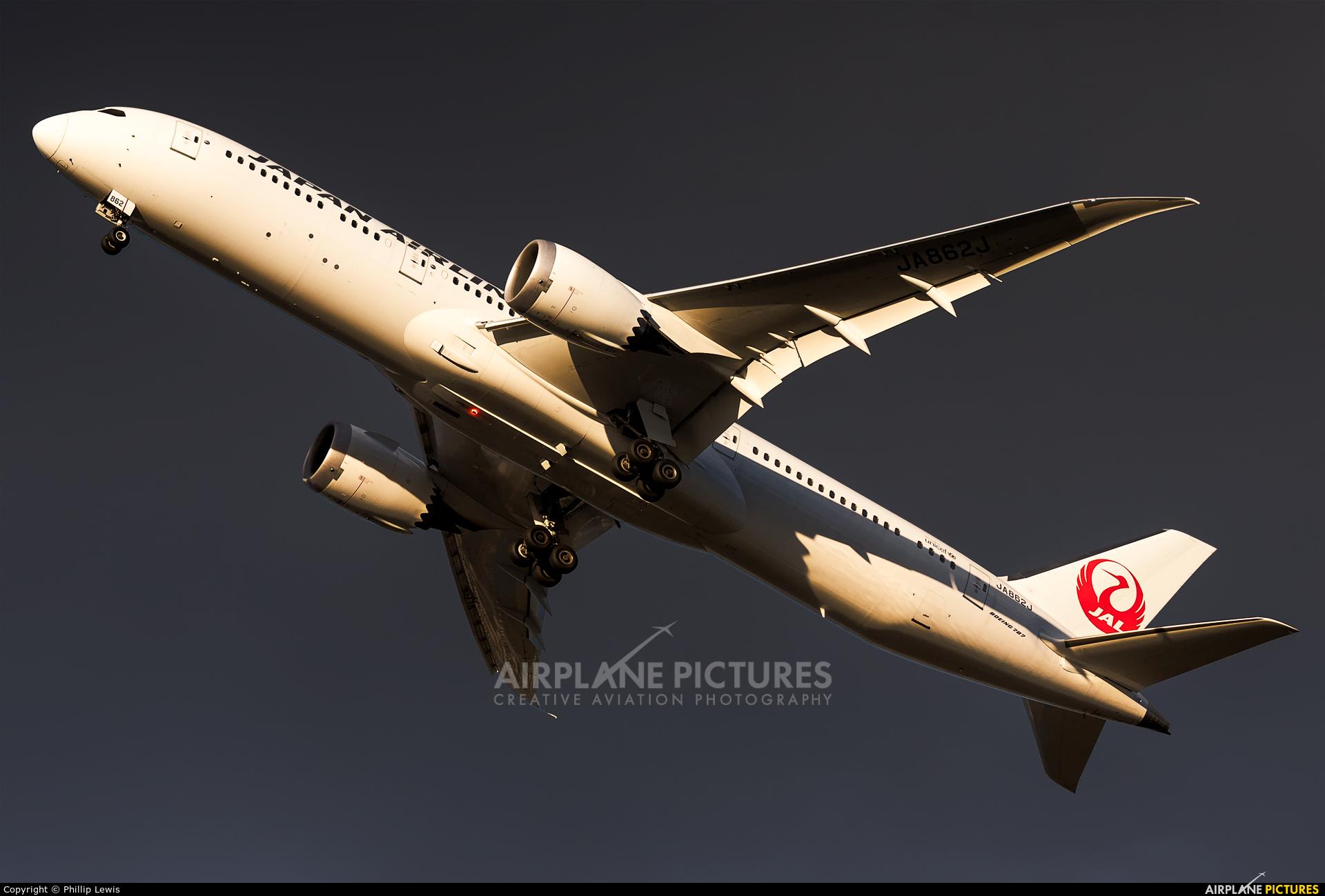 JAL - Japan Airlines JA862J aircraft at Frankfurt