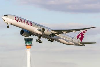 A7-BEK - Qatar Airways Boeing 777-300ER