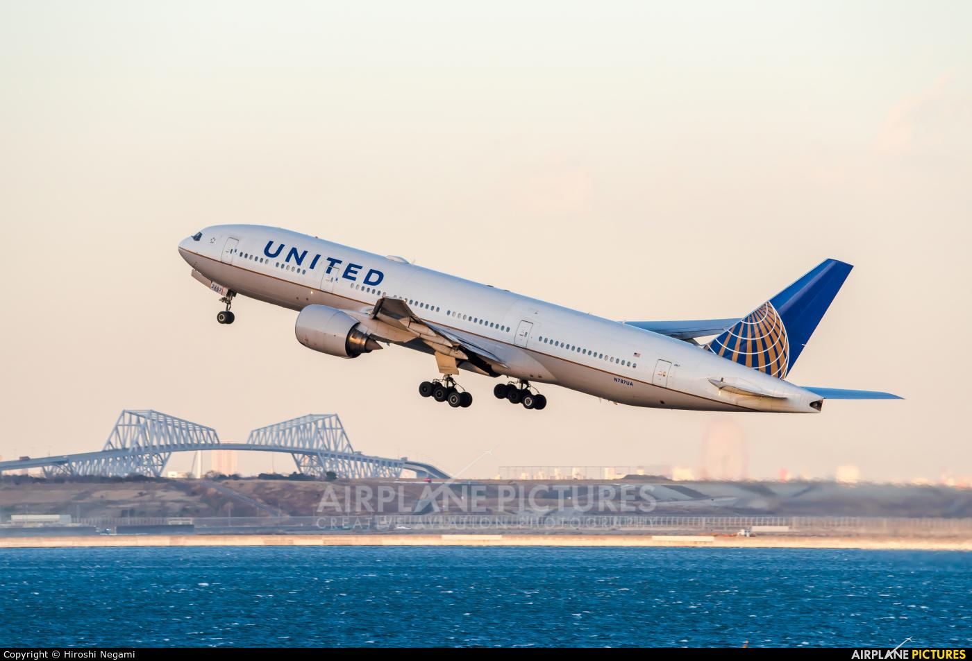 United Airlines N787UA aircraft at Tokyo - Haneda Intl