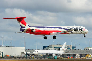 HI992 - PAWA Dominicana McDonnell Douglas MD-83