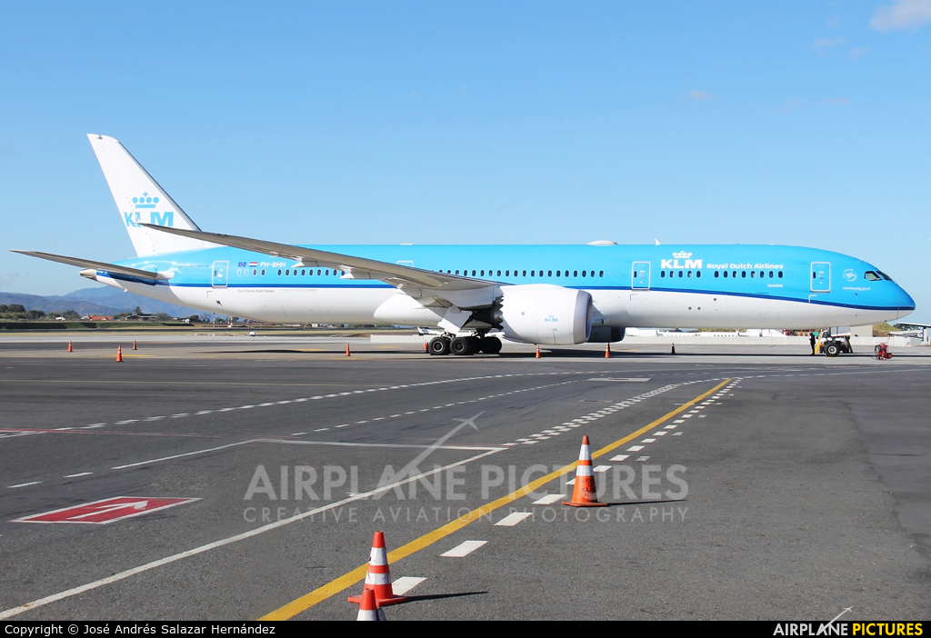 KLM PH-BHH aircraft at San Jose - Juan Santamaría Intl