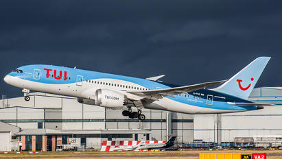 G-TUII - TUI Airways Boeing 787-8 Dreamliner