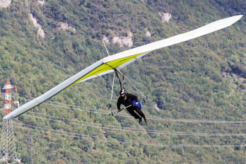 - - Private Unknown Hang glider