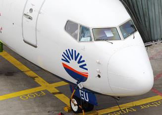 TC-SEU - SunExpress Boeing 737-8H6