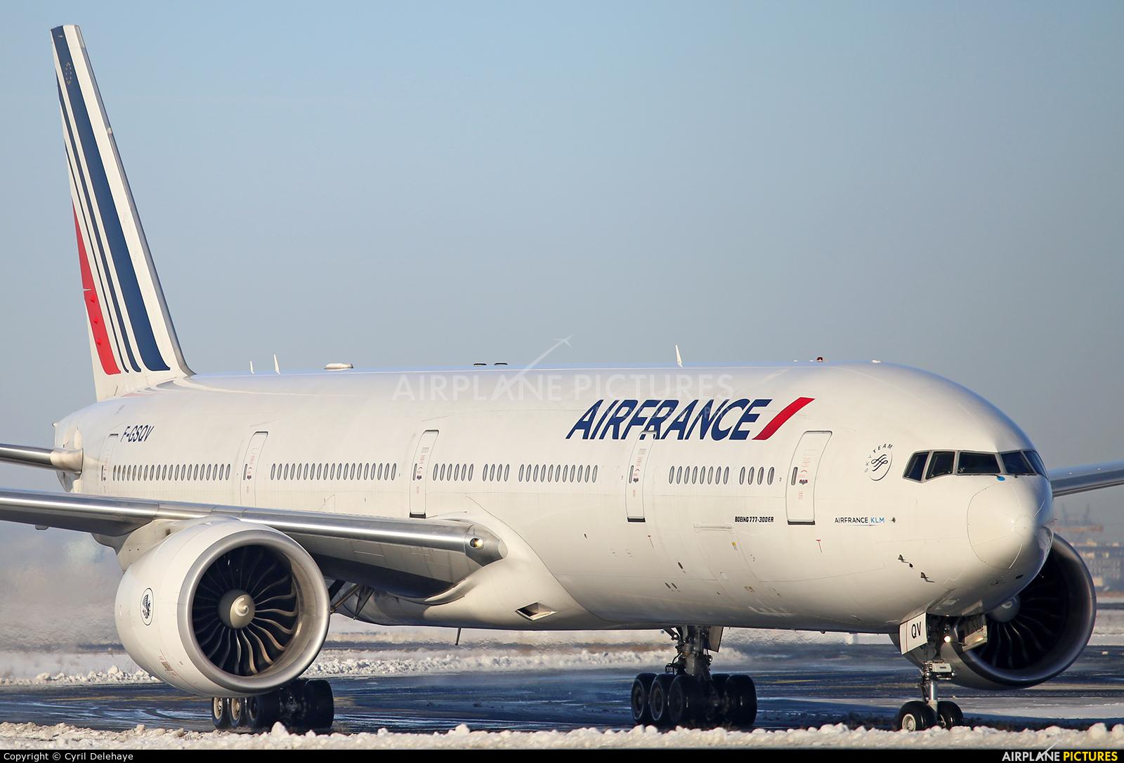 Air France F-GSQV aircraft at Paris - Charles de Gaulle
