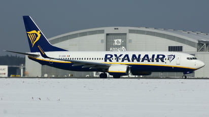 EI-GDW - Ryanair Boeing 737-8AS