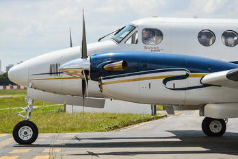 PRORB - Private Beechcraft 200 King Air
