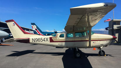 N9654X - Private Cessna 210 Centurion