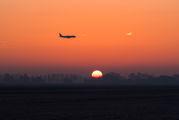 - - KLM Cityhopper Embraer ERJ-175 (170-200) aircraft
