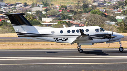 TG-LOP - Private Beechcraft 200 King Air