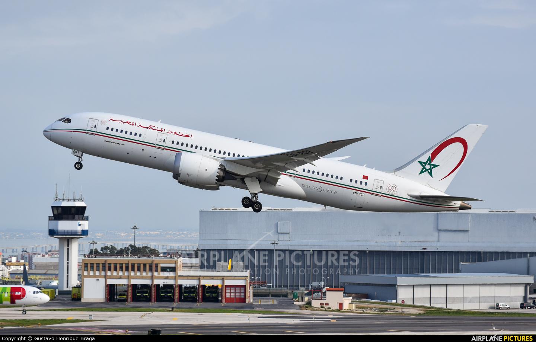 Royal Air Maroc CN-RGB aircraft at Lisbon