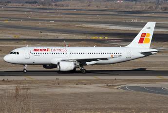 EC-LUD - Iberia Express Airbus A320