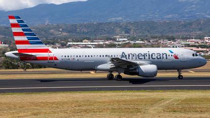 N127UW - American Airlines Airbus A320