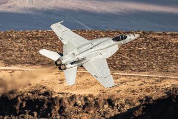 - - USA - Navy Boeing F/A-18E Super Hornet