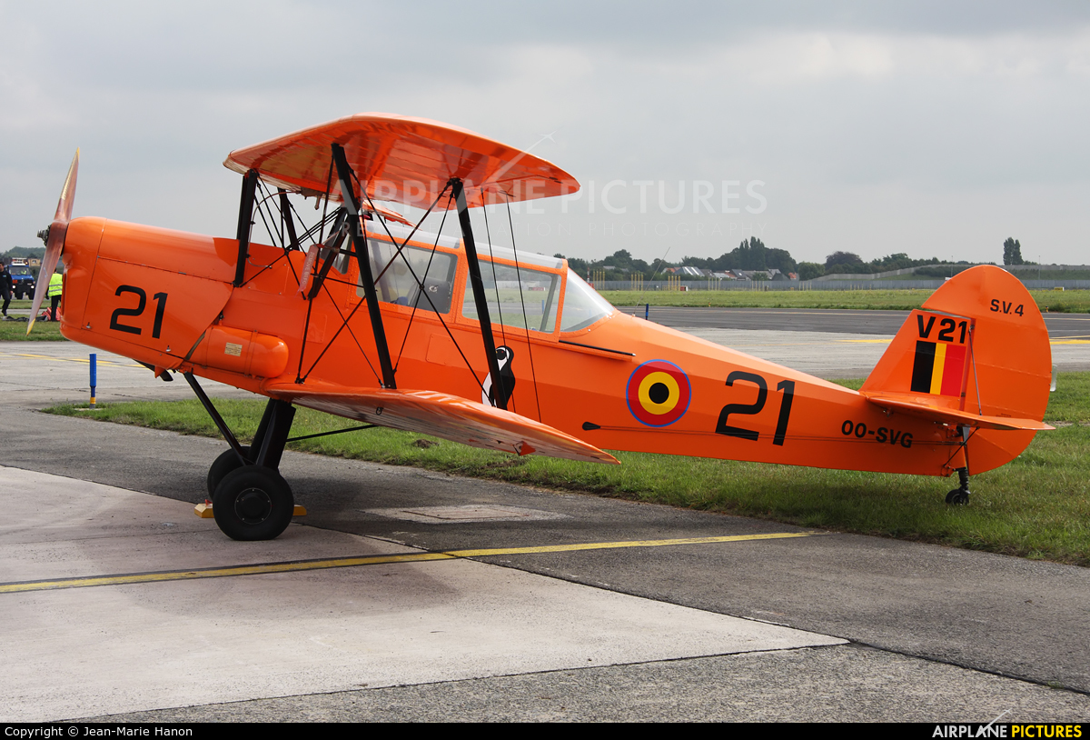 Private OO-SVG aircraft at Melsbroek