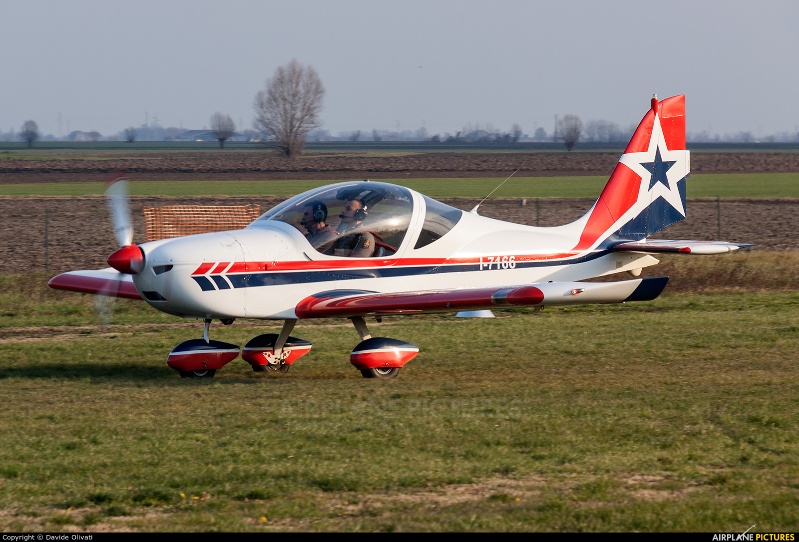Private I-7166 aircraft at Legnago