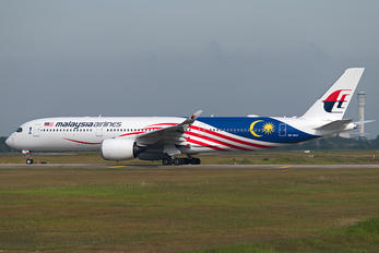9M-MAC - Malaysia Airlines Airbus A350-900