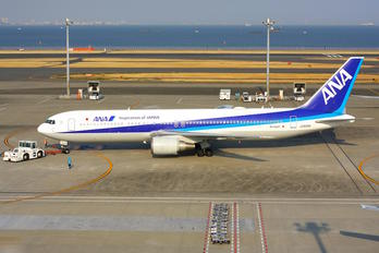 JA606A - ANA - All Nippon Airways Boeing 767-300ER