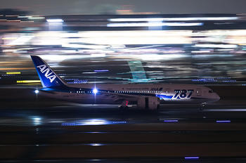 JA819A - ANA - All Nippon Airways Boeing 787-8 Dreamliner