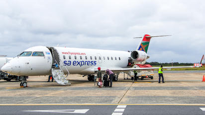 ZS-NML - South African Express Bombardier CRJ-200ER