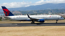 N6702 - Delta Air Lines Boeing 757-200 aircraft