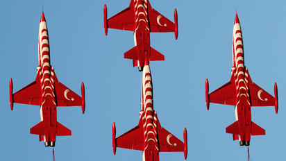 70-3046 - Turkey - Air Force : Turkish Stars Canadair NF-5A