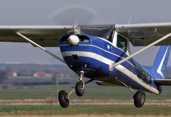 SP-HCA - Private Cessna 150