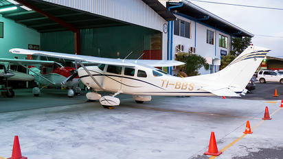 TI-BBS - Private Cessna 206 Stationair (all models)