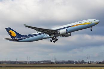 VT-JWS - Jet Airways Airbus A330-300