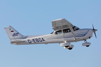 D-EBGA - Private Cessna 172 Skyhawk (all models except RG)